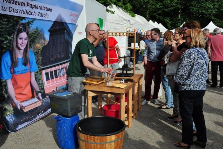 12 juillet Démonstration du Musée de papier De Duszniki