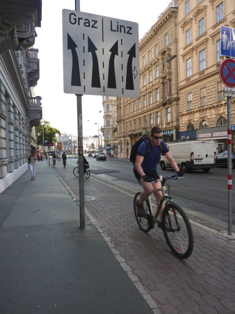2015 Pas moins de 800km de pistes cyclabes à Vienne