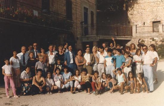 1985-jsa-gym.jpg